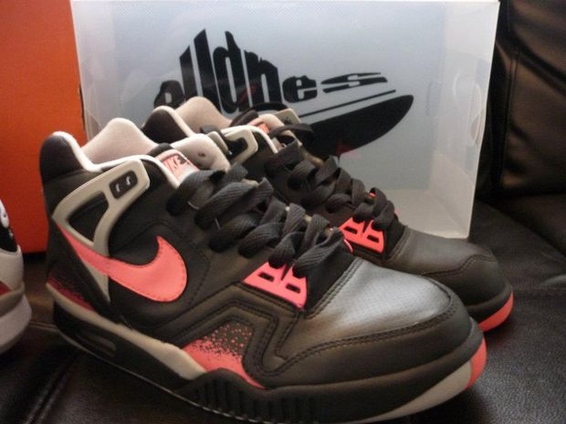 nike air tech challenge ii black lava custom 05 Nike Air Tech Challenge II Black Lava Custom