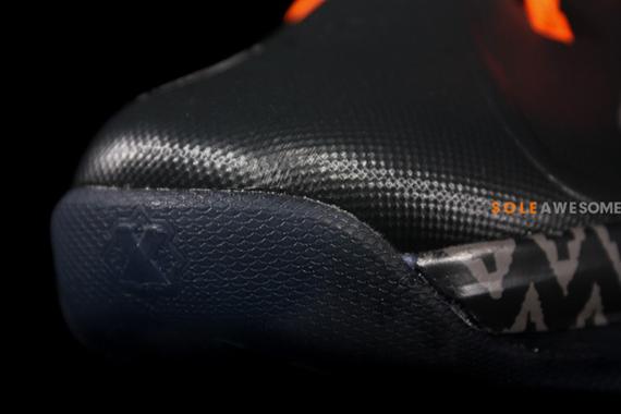 Nike_Lebron_X_10_GS_Black_Orange_S_3__92048.1357709513.1280.1280