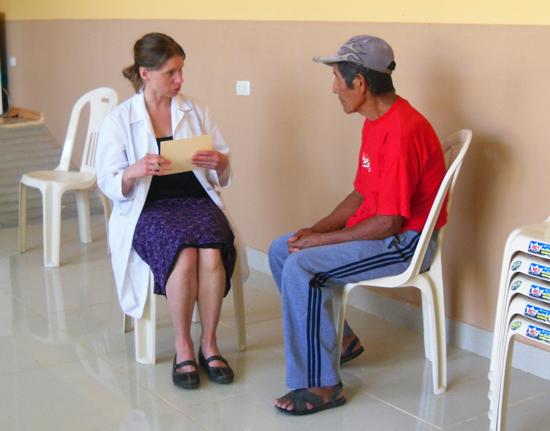 Acupuncture-Volunteering-Salvacion-Peru-Clinic-6