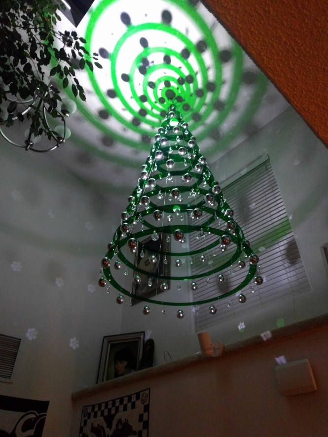 Emerald Green Hanging 20ft Ceilings Contemporary Christmas Tree Chandelier