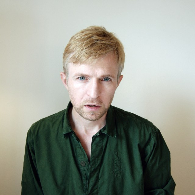 Jay-Jay Johanson, Bury the hatchet, Modern coma