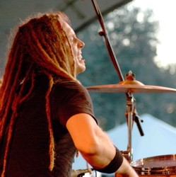 Barry Kerch of Shinedown : Modern Drummer