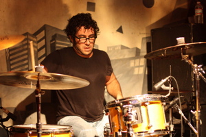 Scott Garapolo of Apache Stone : Modern Drummer