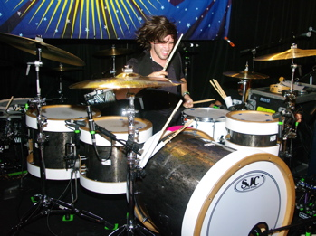 Jake Bundrick of Mayday Parade : Modern Drummer