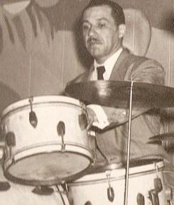 Ray Bauduc : Modern Drummer