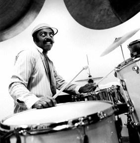 Roy Haynes : Modern Drummer