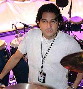 Ramon Yslas  : Modern Drummer