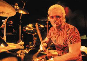 drummer Joey Kramer