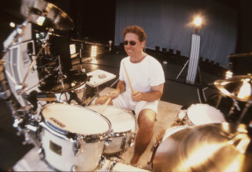 Drummer Mickey Curry