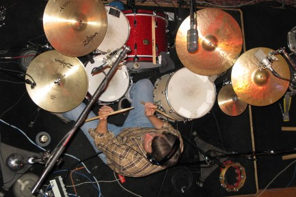 Keith Langford from the Gourds : Modern Drummer