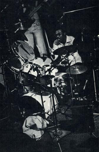 Harvey Mason : Modern Drummer