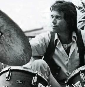 John Guerin : Modern Drummer