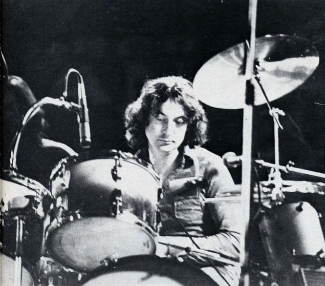Nick Mason - Finding His Own Way - Modern Drummer Magazine