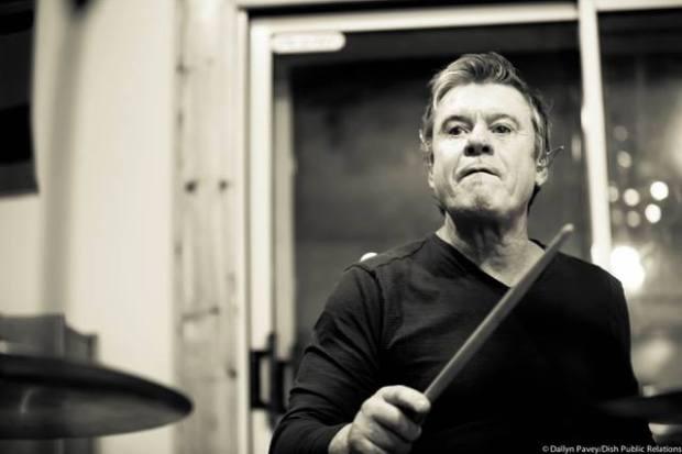 The Hooters' David Uosikkinen Talks Thirty-Five Years of Drumming