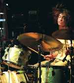 Julian Dorio of The Whigs drummer blog