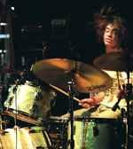 Julian Dorio of The Whigs drummer blog