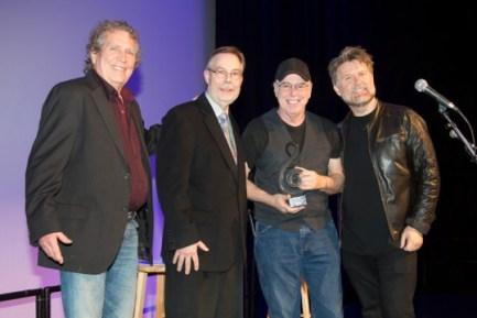 """Drummer Eddie Bayers Receives Berklee's """"American Master"""" Award"""