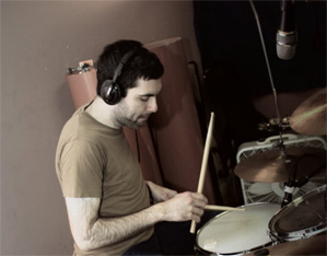 Ian Kaplan of Motel Beds Drummer Blog