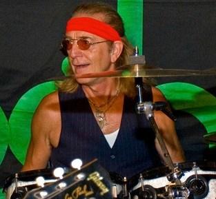 Roger Earl Foghat Modern Drummer