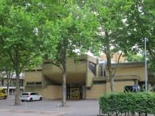 """UMNUTZUNG: Frankfurt am Main-Sindlingen, ehemaliges Evangelisches Gemeindezentrum Arche (1973, Umnutzung 2006), heute Kindertagesstätte """"Fluggi-Land"""""""