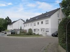 ABRISS: Frankfurt am Main-Zeilsheim, Wohnbebauung am Standort des Evangelischen Gemeindehauses mit Kirchenraum im Kellerskopfweg (1953, Abriss 2009)