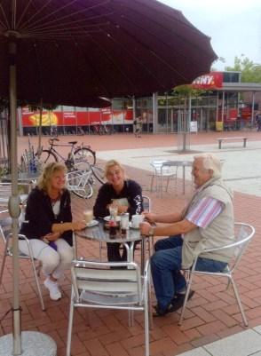 "Garbsen, ""Auf der Horst"", Café am Hérouville-St.-Clair-Platz, 2016 (Foto: privat)"