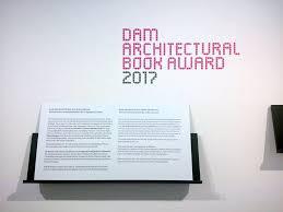 """""""Architekturen des Gebrauchs"""" auf der Shortlist des DAM Book Award 2017 (Bild: M Books Weimar)"""