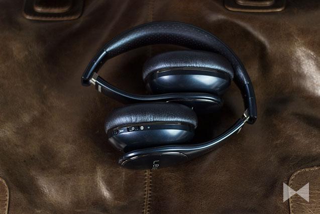 Samsung-Level-On-Wireless Kopfhörer zusammengeklappt