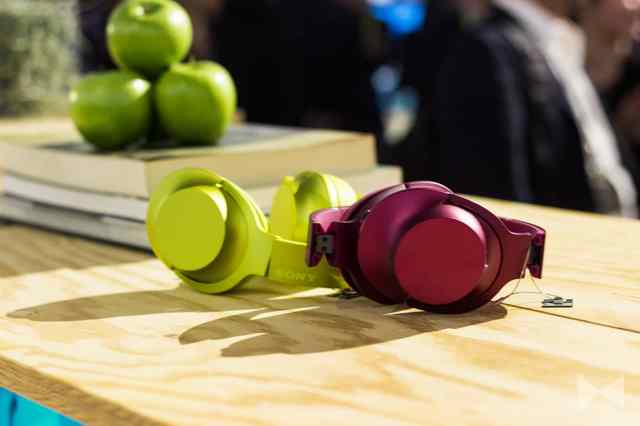 Sony-h.ear-on On-Ear-Kopfhörer für Hi-Resolution-Audio-Wiedergabe