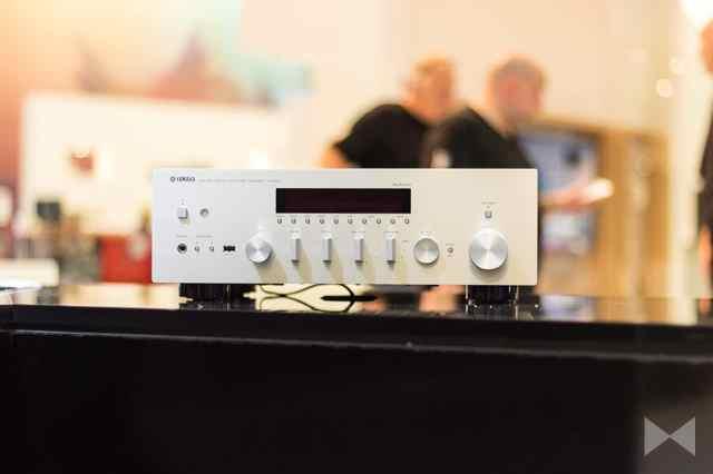 Yamaha-R-N602 Netzwerk-Receiver mit Bluetooth und Apple AirPlay