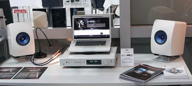 KEF LS50 Schreibtisch