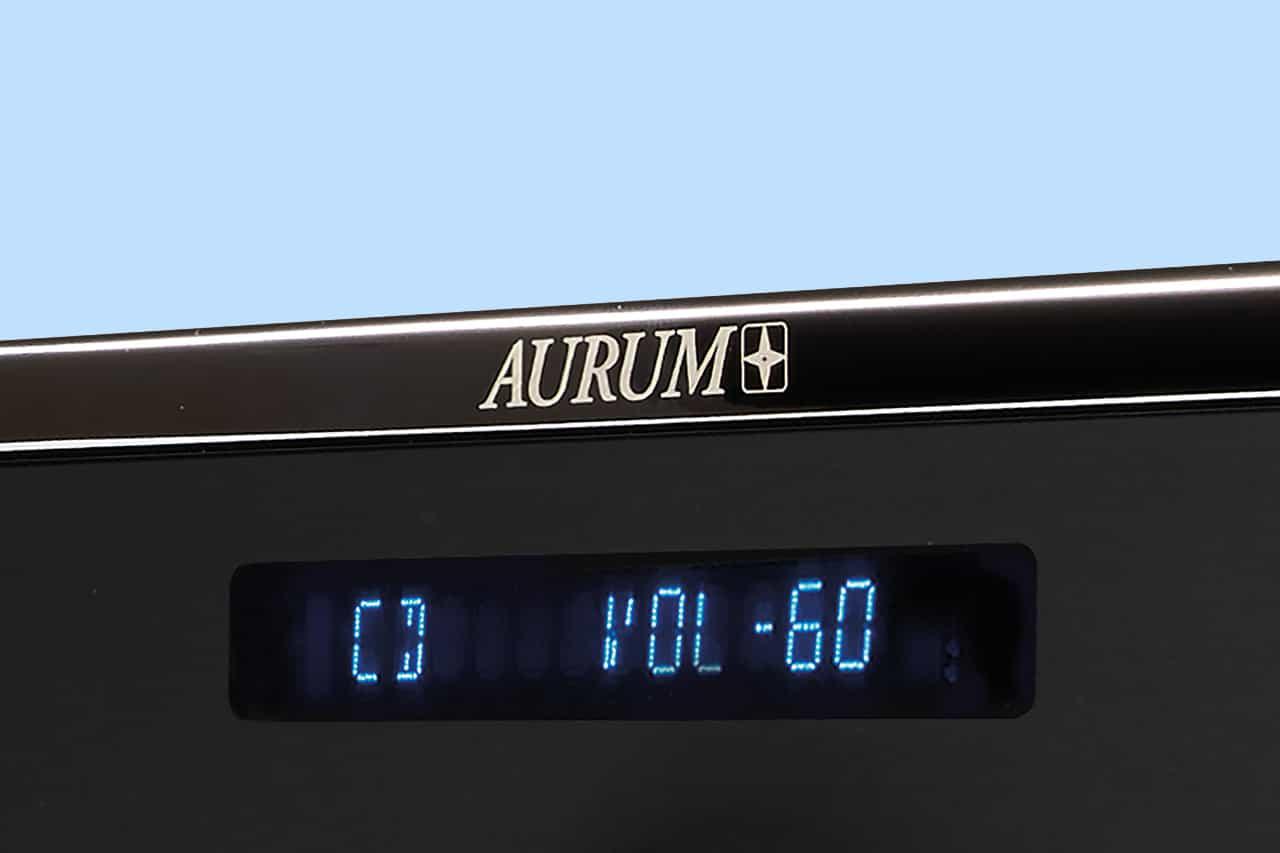 Aurum A8 / C8 Stereo-Verstaerker und CD-Player von Quadral