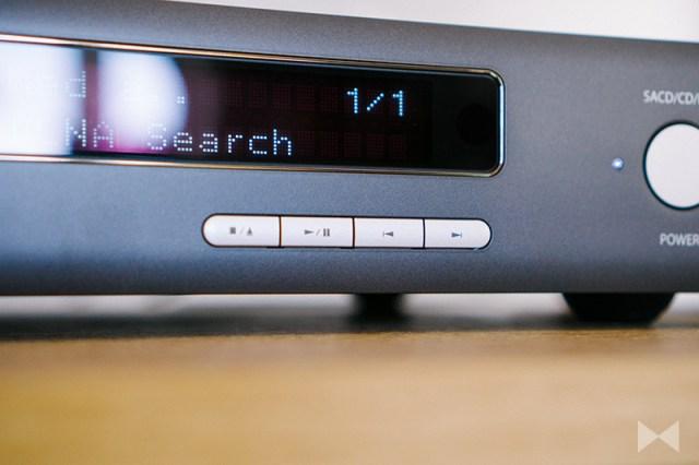 Arcam CDS50 Tasten auf der Gerätefront zur Steuerung