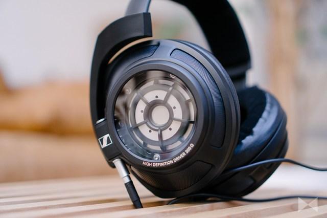 Sennheiser HD 820 geschlossener, ohrumschließender Kopfhörer