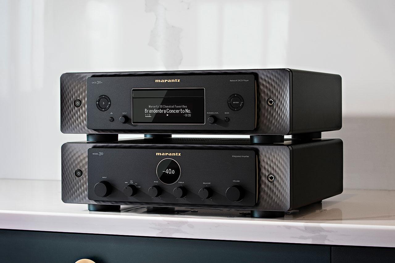 Marantz MODEL 30 / SACD 30n Stereo-Verstärker und SACD-Player in Schwarz
