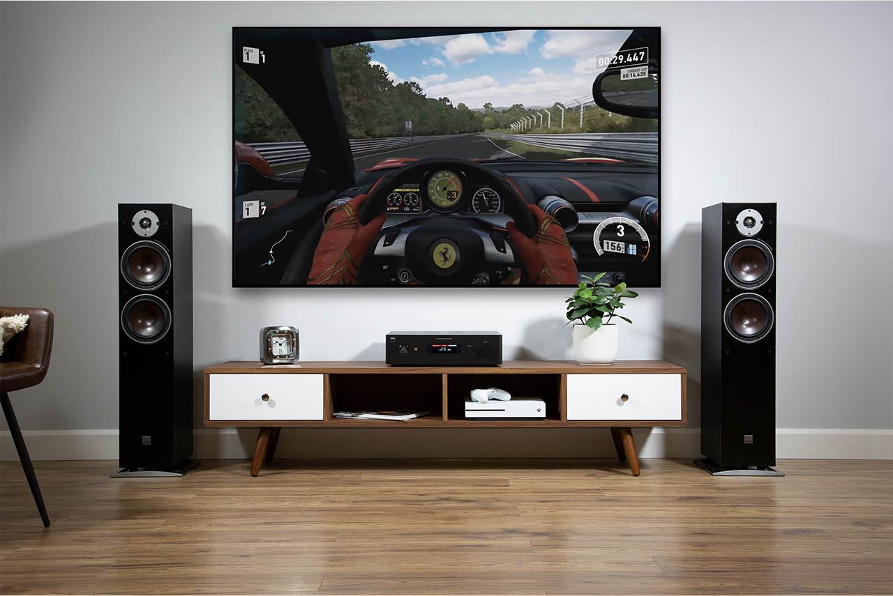 NAD C 399 mit HDMI und BluOS-Option an Dali-Lautsprechern