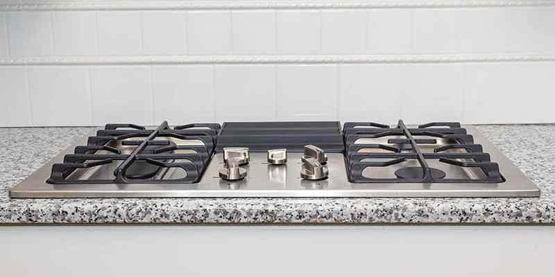 Induction vs Gas Cooktops: What's The Difference?