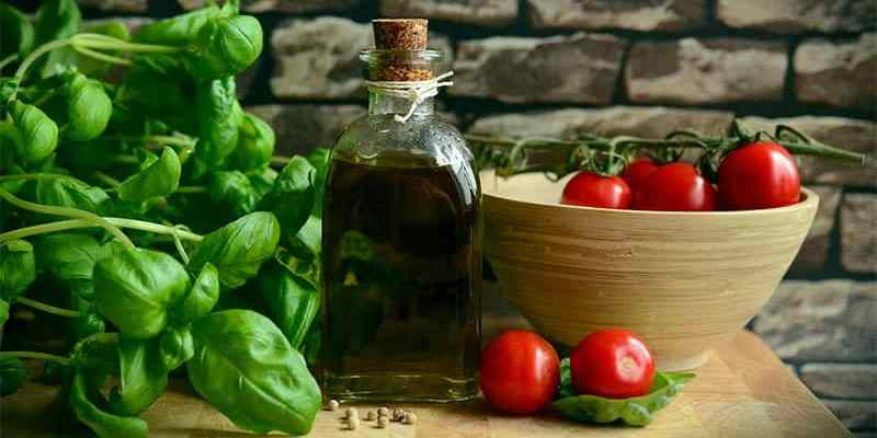 How To Store Fresh Basil For Later Use (In The Fridge or Freezer)