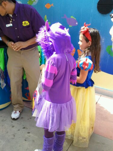 Trick-or-Treating at SeaWorld Orlando's Halloween Spooktacular