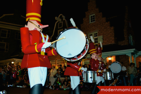 Toy Soldiers, Mickey's Once Upon a Christmastime Parade