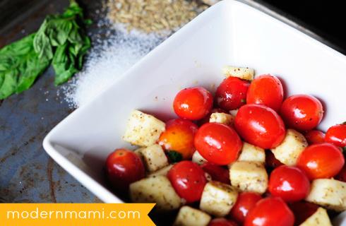 Simple Fresh Tomato and Mozzarella Cheese Salad Recipe