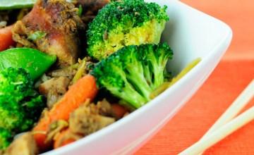 Using Holiday Leftovers: Puerto Rican Pernil (Roast Pork) Stir Fry {Recipe}