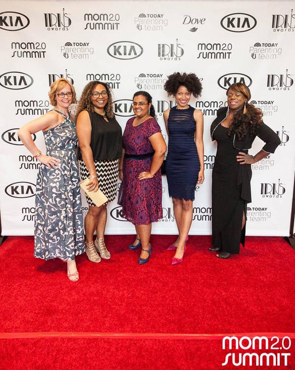 modernmami & friends at Mom 2.0 Summit Iris Awards 2017