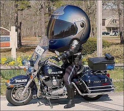 https://i1.wp.com/www.modernvespa.com/pix/uploads/funny_helmet_police_166.jpg