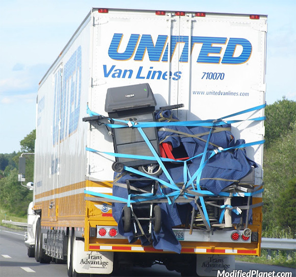 https://i1.wp.com/www.modifiedplanet.com/wp-content/uploads/2012/05/car-photo-highway-moving-truck-items-strapped-to-outside-fail.jpg