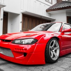 Modifikasi Mobil Nissan 200SX Strawberry Face