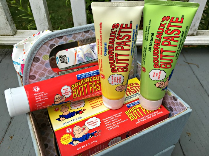 Here are some busy ideas to help you pack when traveling on an airplane with a toddler. @buttpaste #buttpaste #ad