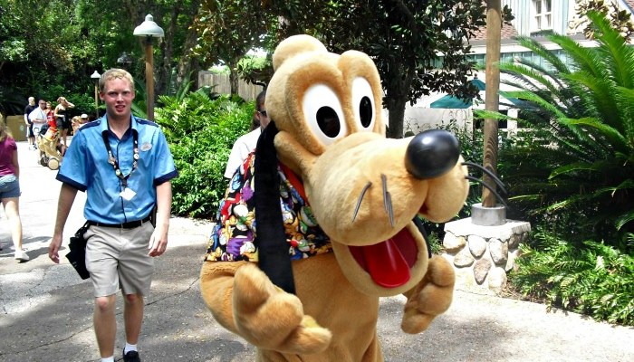 5 Ways to Make Your Disney Trip With Young Kids Easier