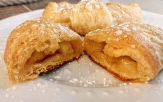 Pazazz™ Apple Pie Crescents + Giveaway
