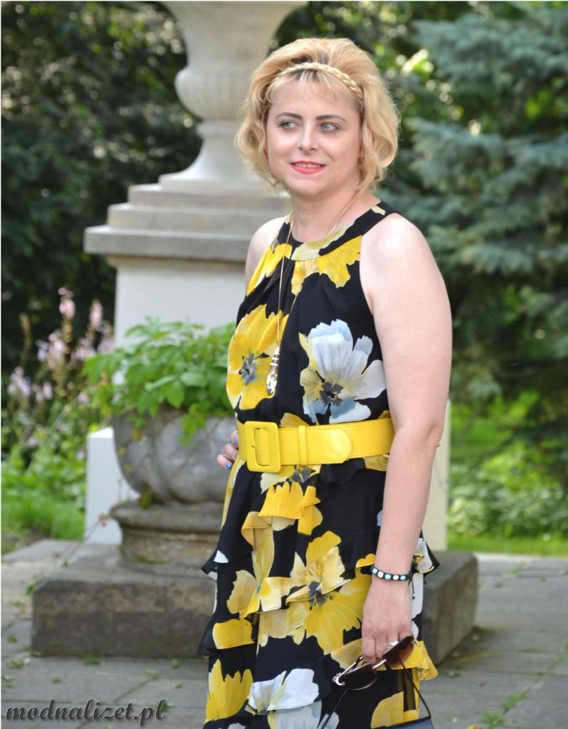 Modna Lizet i sukienka na gorące lato